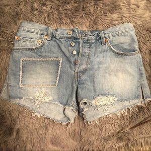 Distressed 4 Button Fly Levi 501's Jean Shorts